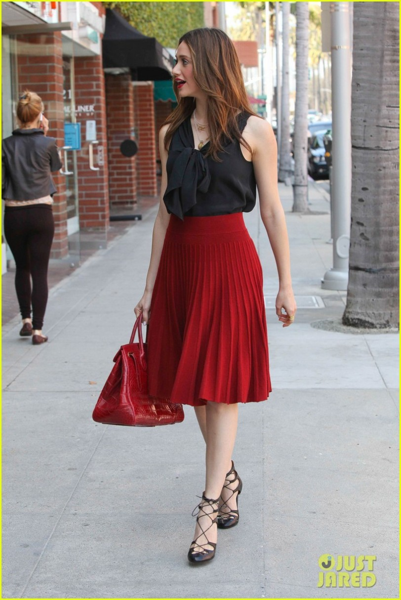 *EXCLUSIVE* Beverly Hills, CA - Emmy Rossum stops traffic and turns heads in Beverly Hills while visiting the doctor wearing a beautiful red skirt with matching lipstick and handbag. AKM-GSI                   March 14, 2012 To License These Photos, Please Contact : Steve Ginsburg (310) 505-8447 (323) 4239397 steve@ginsburgspalyinc.com sales@ginsburgspalyinc.com or Keith Stockwell (310) 261-8649 (323) 325-8055  keith@ginsburgspalyinc.com ginsburgspalyinc@gmail.com or Thaissa Kantif Voigt (310) 619-0000 thaissa.voigt@akmimages.net