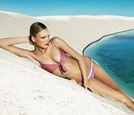 beach,blue,eyes,face,light,lips,mouth,red,sexy,woman-8a21a128b90f6db68db06737566de884_m
