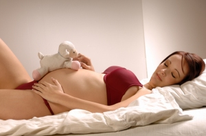 pregnant-woman-sleeping1