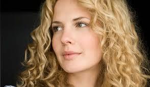 Angelina-Jolie-1