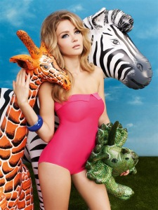 20-RGB-LR-Dolly_CW0020-Bandeau-swimsuit_Strawberry-Pink