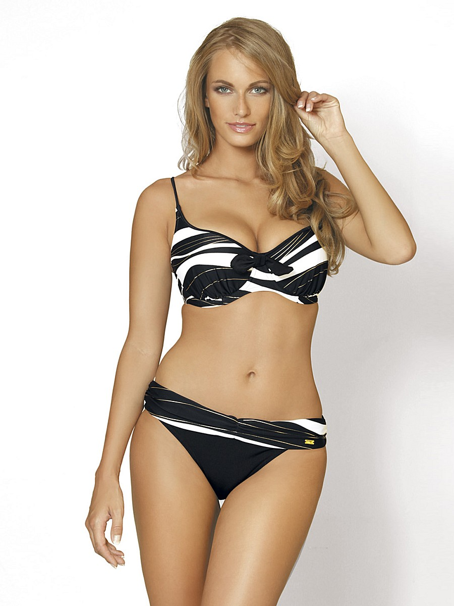 Plus Size Bathing Suits and Women's Swimwear Sizes