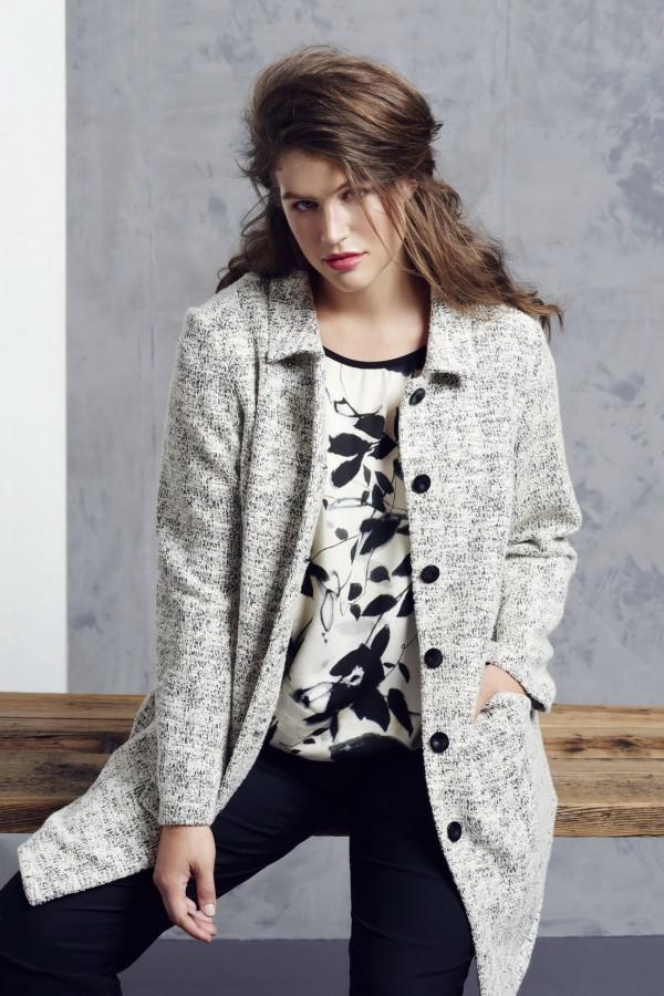 High-Neck-Sweaters-2015-2016-Women's-Knitwear-14-600x900