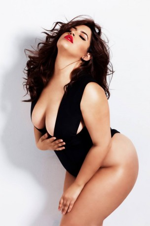 Plus-Size-Swimsuits-For-Curvy-Women-10-701x1060